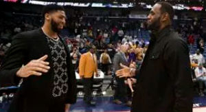 LeBron James Reacts To Anthony Davis' Reported Trade To Lakers
