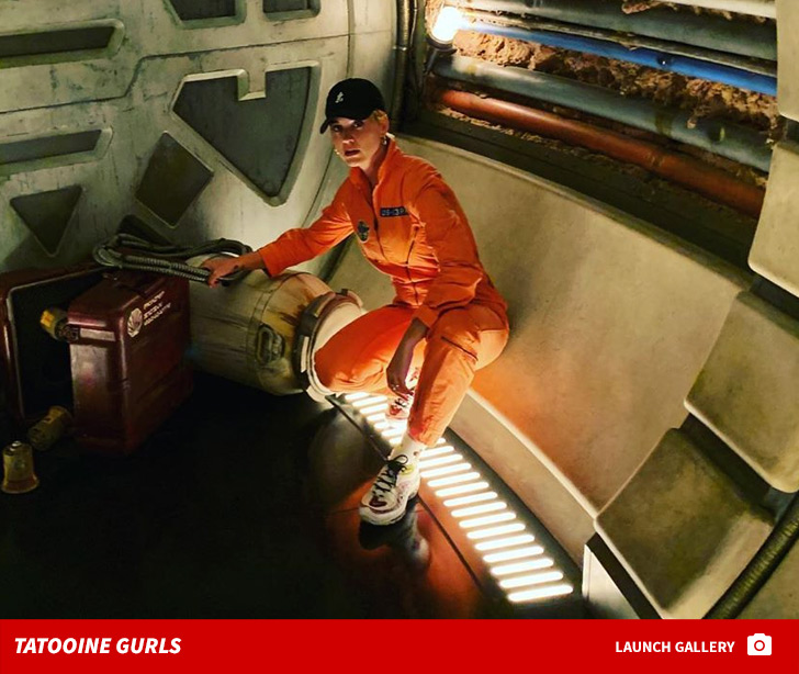 Katy Perry Goes Berserk in a Galaxy Far, Far Away