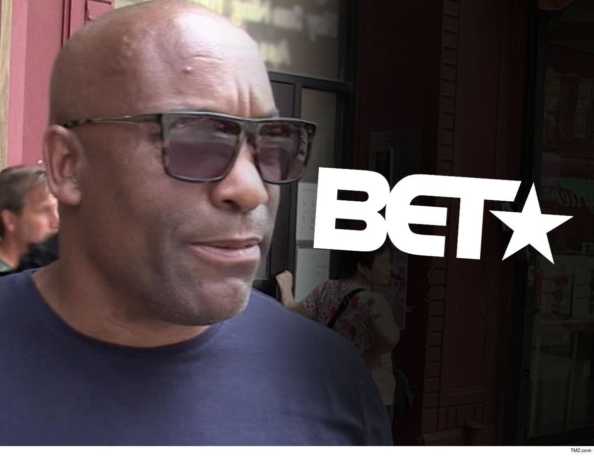 John Singleton's Mom Ex is On Her Own ... Family Not Griping About BET Tribute