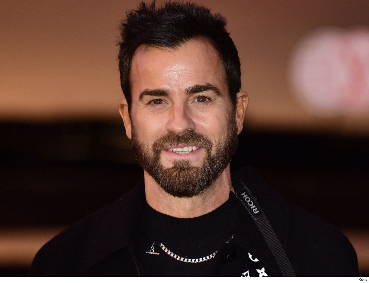 Justin Theroux Victory in Neighbor War Raise the Roof (Deck) All Ya Want