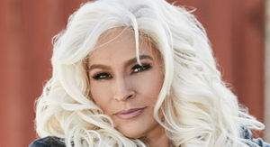 Dog the Bounty Hunter's Wife, Beth Chapman, Dead at 51 After Cancer Battle