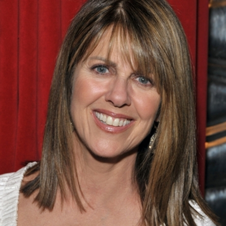 Pam Dawber still looks great. Nanu nanu!