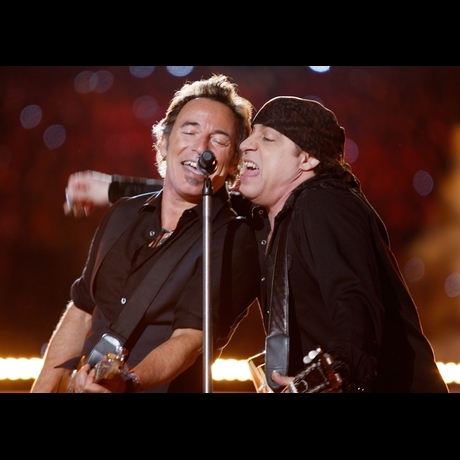 2009 -- An impressive performance by Bruce Springsteen and the E Street Band!